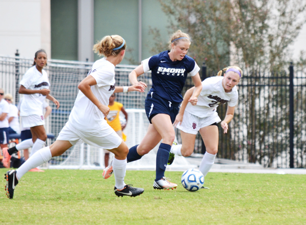 Women's Soccer Extends Winning Streak With Weekend Victories