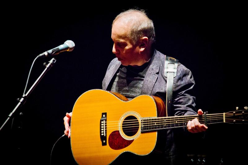 Simon Performs Acoustic Set, Concludes Series