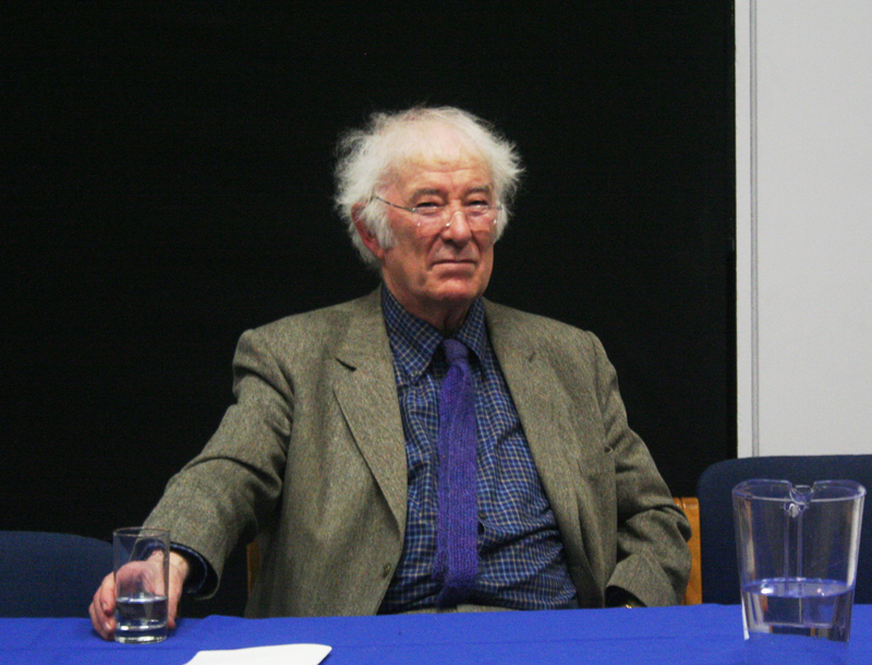 Woodruff Library Welcomes Seamus Heaney Exhibit