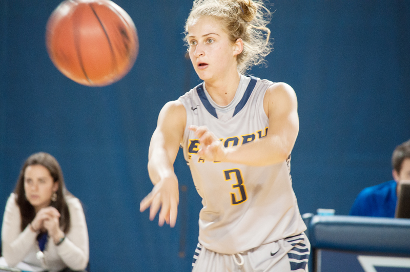 Conference Play Struggles Continues for Women's Basketball