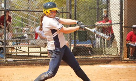 Eagles Split Doubleheader at Maryville