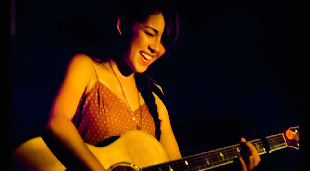 Kina Grannis Delivers Stunning Performance