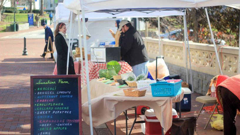 Farmers Market, Photo Courtesy of Thomas Han