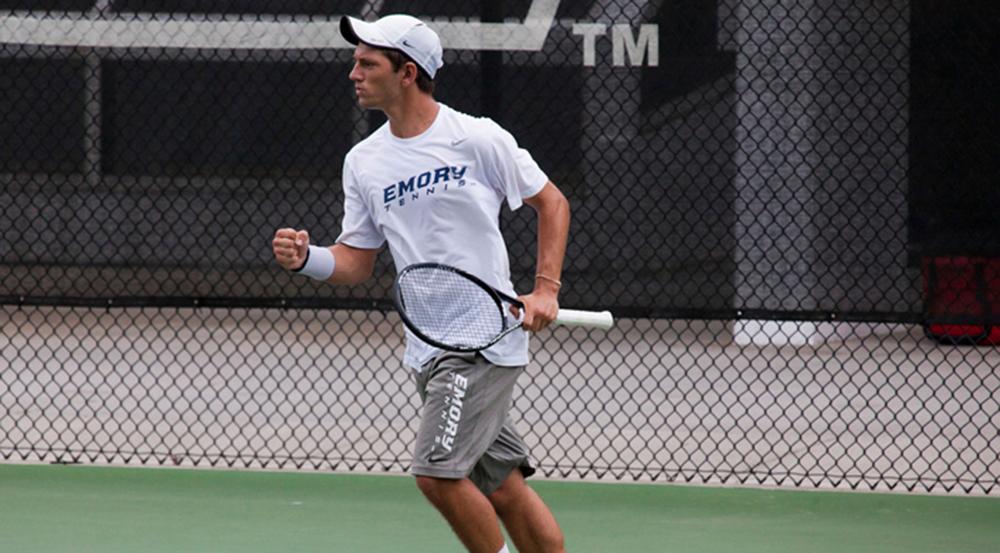 Men's Tennis Goes 2-1 During Away Weekend