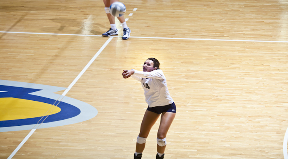 Volleyball Takes down No. 1 Ranked Calvin