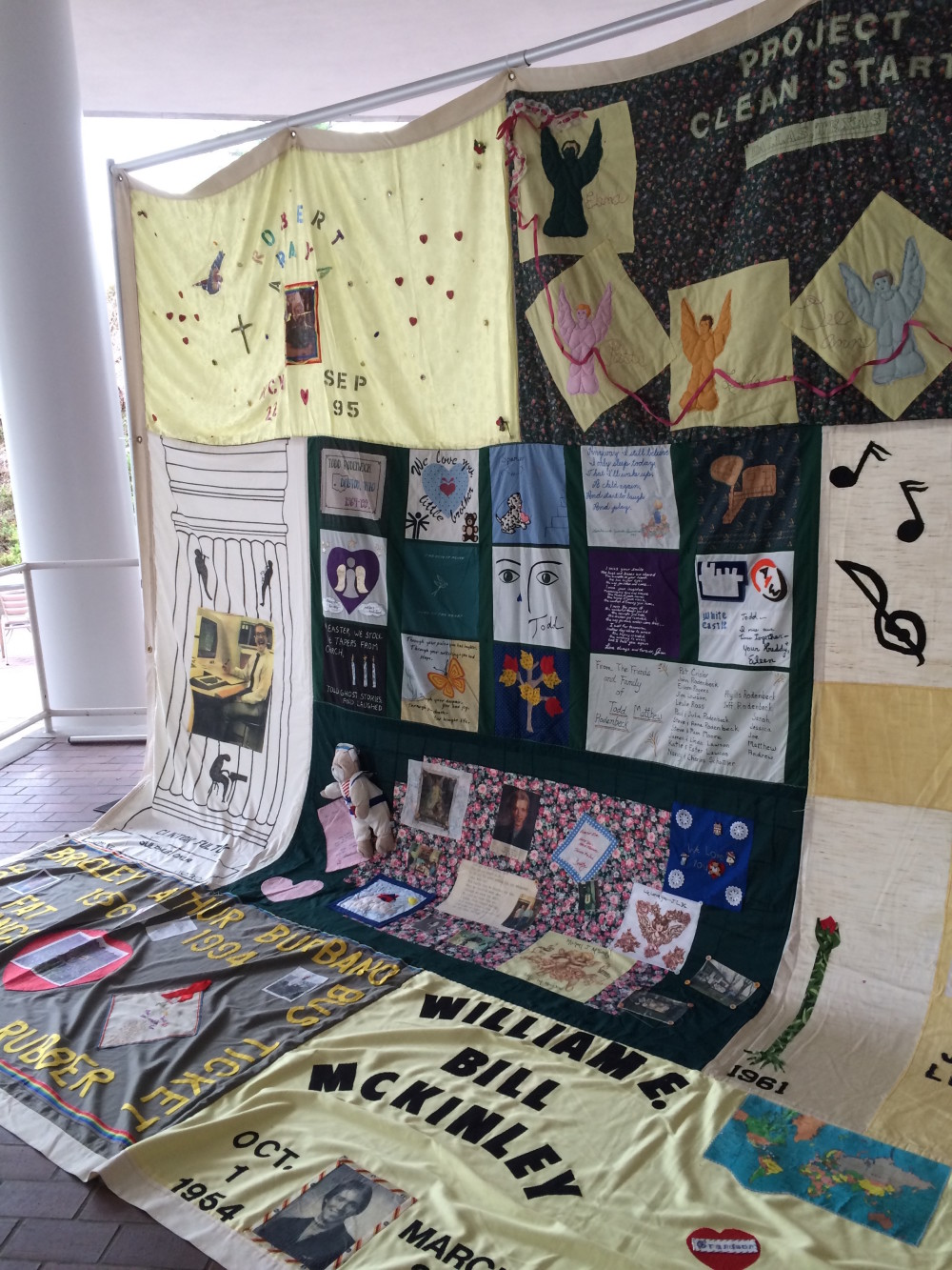 Quilt on the Quad Commemorates Victims of AIDS