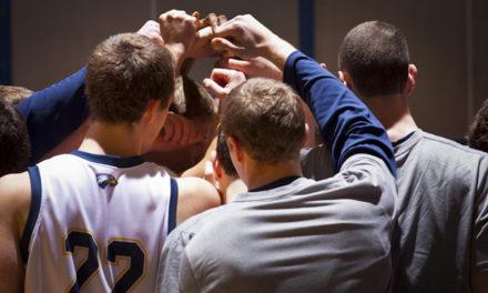 Men's Basketball Team Stumbles, Falls to LaGrange and Maryville