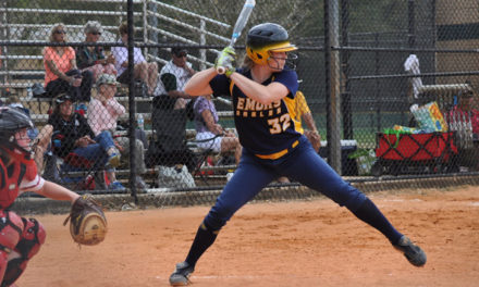 Softball Finishes Season with a Pair of Wins