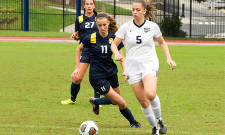 Women's Soccer Takes Down UChicago in Conference Opener