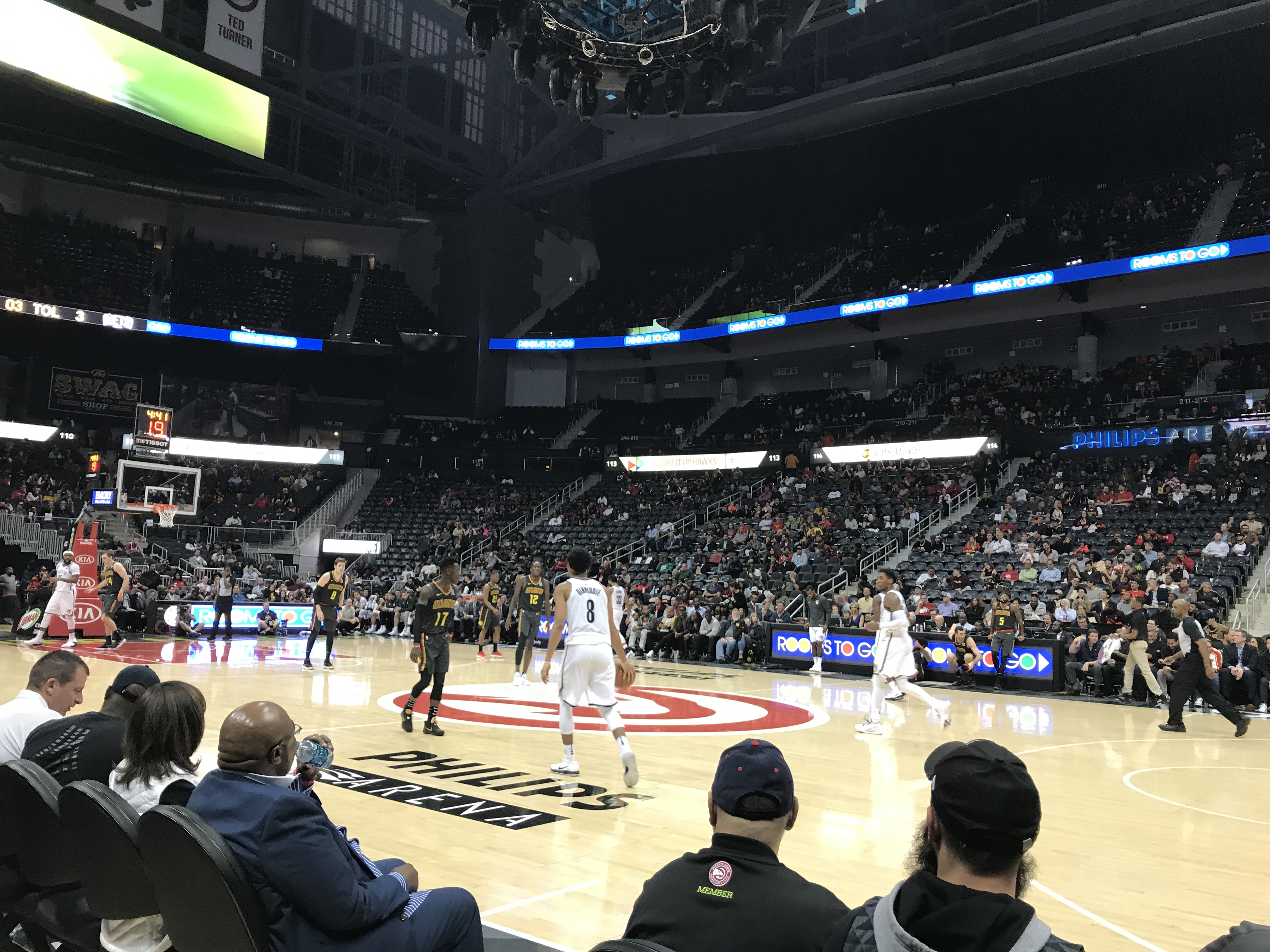 Hawks Push Past Mavericks After Second-Half Surge