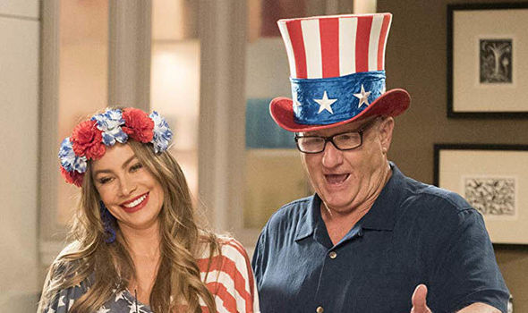 Final Season Premiere of 'Modern Family' Lacks Laughs