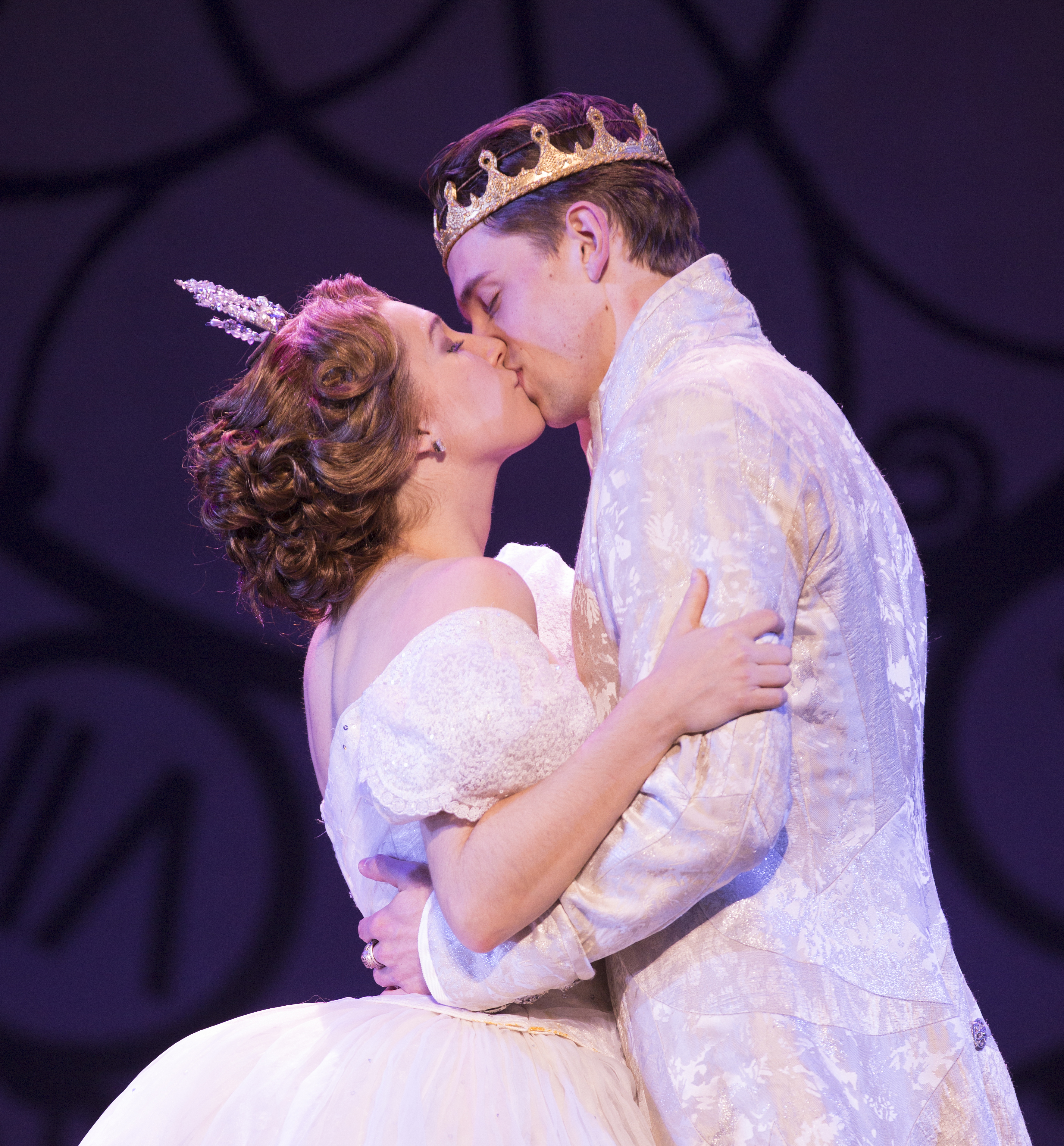 'Rodgers and Hammerstein's Cinderella' Transforms the Fox Theatre in Atlanta