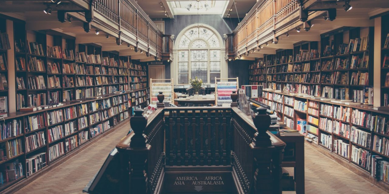 4 Best Places to Sell Textbooks That Savvy Students Love