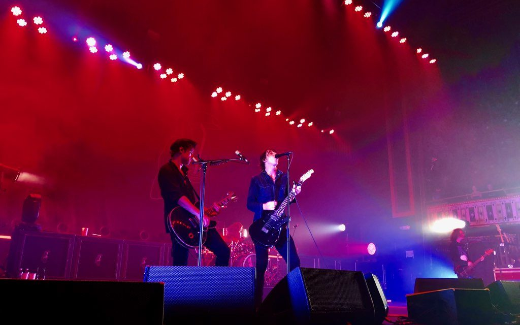 Catfish and the Bottlemen Captivate with Charisma