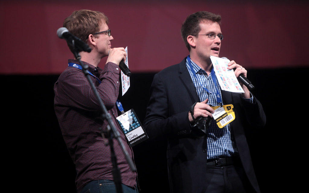 John and Hank Green Minitour: Live Podcasts for Charity