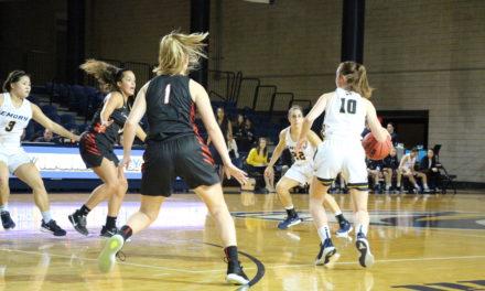 Women's Basketball's Winning Streak Snapped