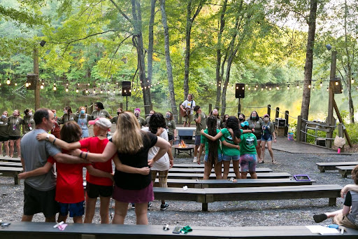 Emory community gives and receives at Camp Twin Lakes