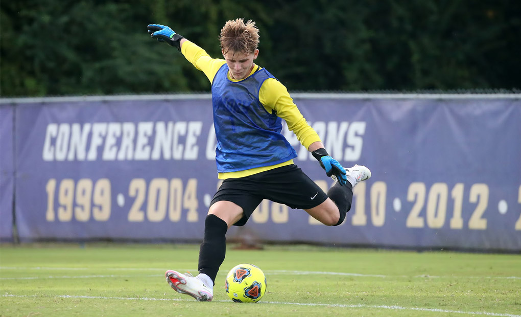 'Loudest player on the pitch': Jack Hudson dominates goalie box in debut season for Emory soccer